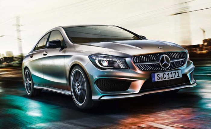 O novo Mercedes-Benz CLA s ser revelado oficialmente no prximo ms, durante o Salo de Detroit. Contudo fotos do modelo vazaram na Internet nesta semana...